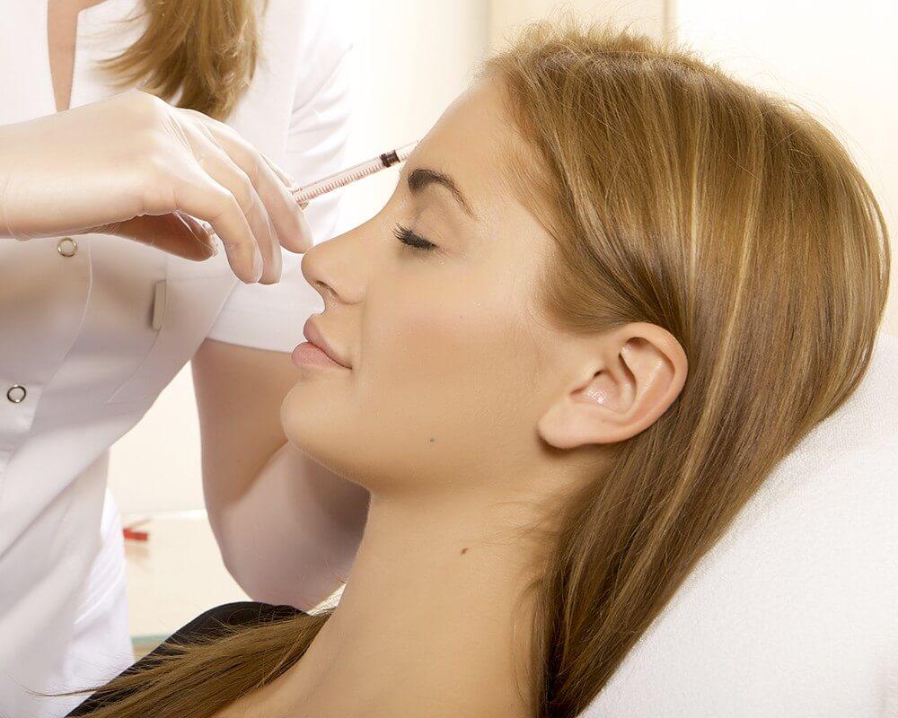 Биоревитализация помогает удерживать в коже влагу