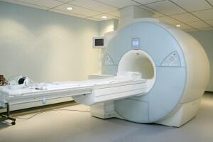 МРТ помогает обследовать внутренние органы