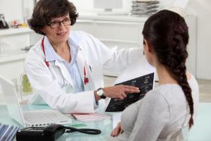 Женщины часто жалуются на воспалительные болезни