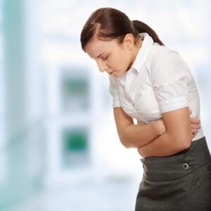 Иногда отрыжка сопровождается болью в груди