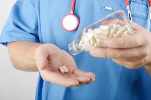 Для снижения холестерина выписывают статины