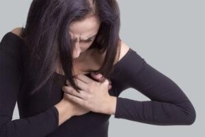 Боль в груди, что это?