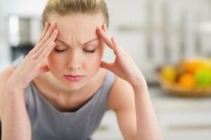 Главный симптом - головная боль
