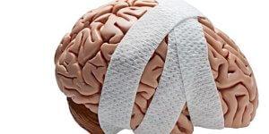 Симптомы при сотрясении головы: как проявляются и какие причины могут его спровоцировать. Первая помощь пострадавшему