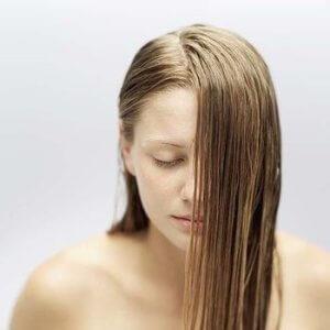 шампунь при сухой коже головы и жирных волос