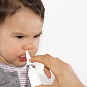 Капли в нос, названия препаратов: сосудосуживающие, антибактериальные, гомеопатические, фитотерапия