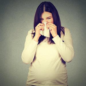 Безопасный и эффективный спрей для носа при беременности