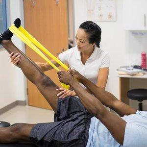 Упражнения для восстановления после инсульта: правила проведения
