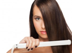 Защита для волос от утюжка: какие термозащитные средства выбрать