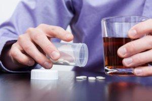Несовместимость с алкоголем