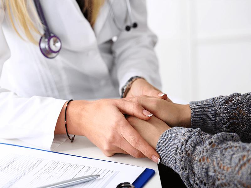 Обязательная профессиональная помощь врача