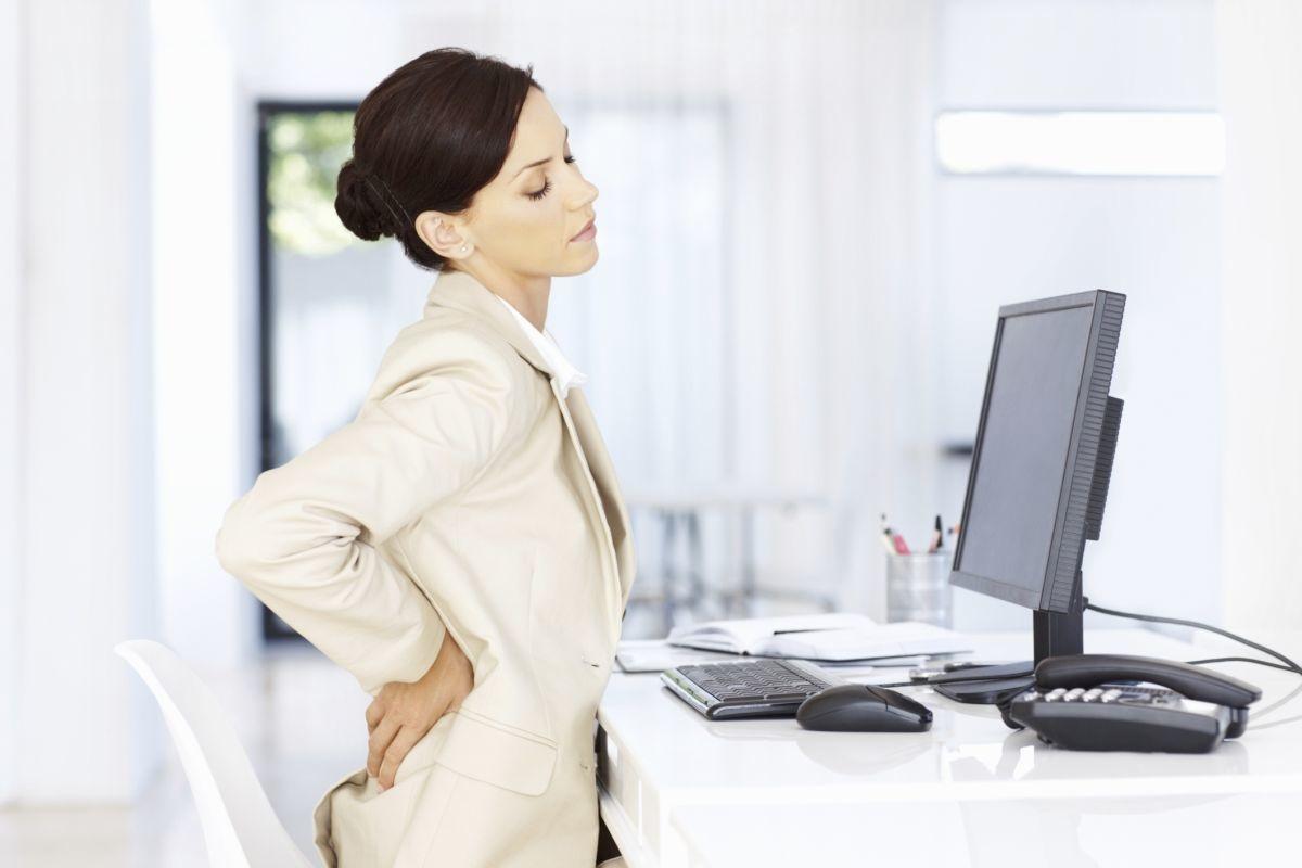 При шейном остеохондрозе происходят деформационные изменения