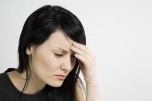 Головная боль приносит огромный дискмофрт