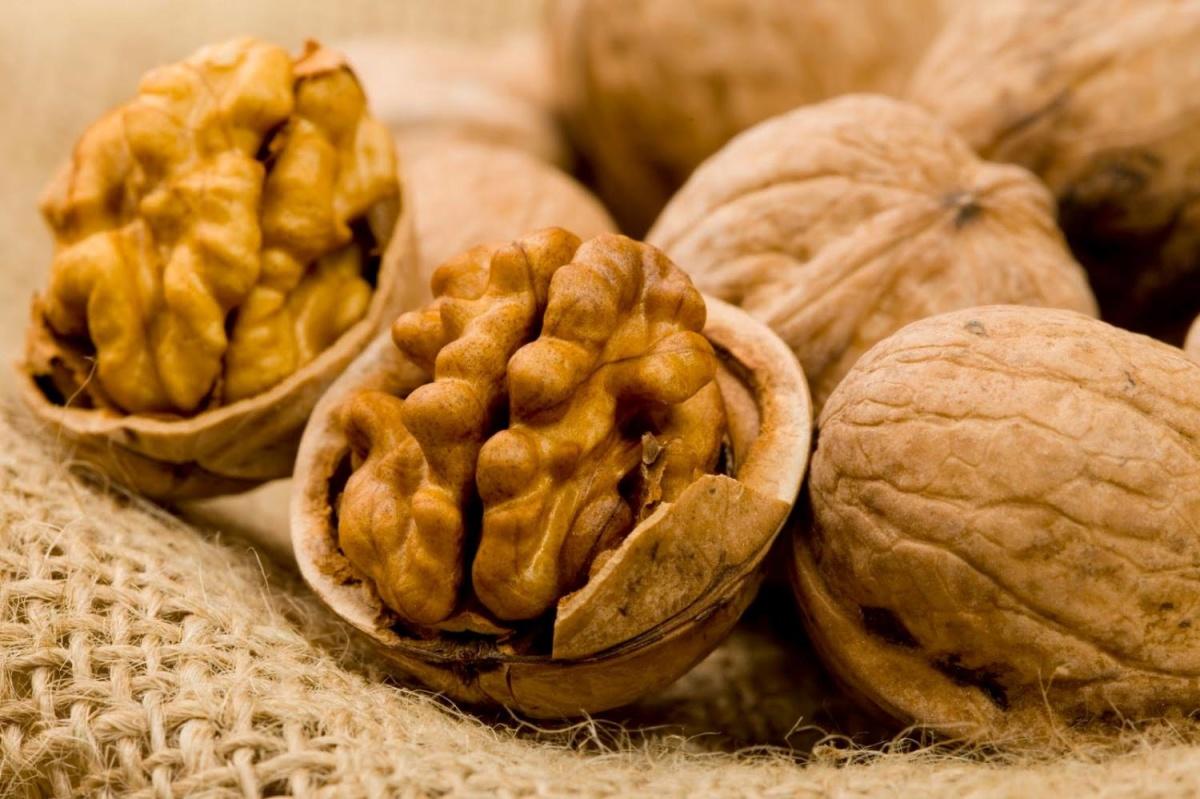 Грецкие орехи полезны для работы щитовидной железы