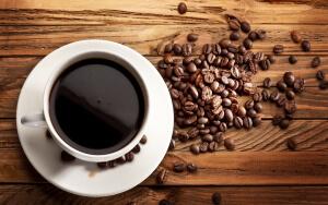 При низком давлении помогает кофе