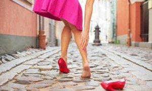 Высокий каблук благоприятствует судорогам