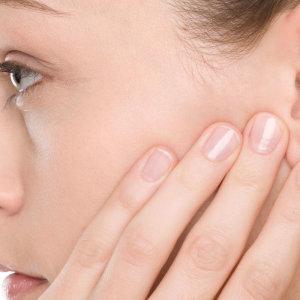 Капли в уши при беременности: как лечить отит, можно ли применять народные средства и выбор капель
