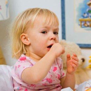 Сироп при сухом кашле у детей: лучшие лекарственные средства, особенности применения, противопоказания