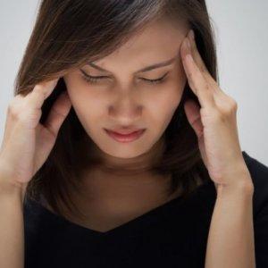 Болит голова при наклоне вниз: упражнения для нейтрализации, комплексное лечение