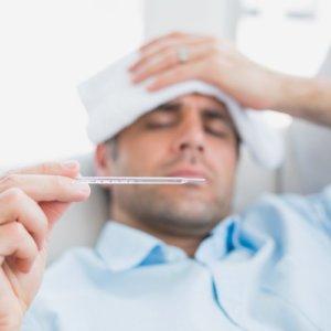 Чем лечить гнойную ангину в домашних условиях: подробное описание терапии