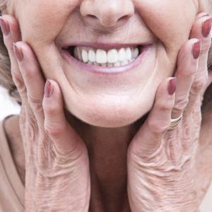 Привыкание к съемным зубным протезам: как облегчить адаптацию
