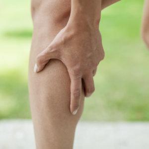 Лекарства от судорог в ногах: обзор препаратов и способы лечения