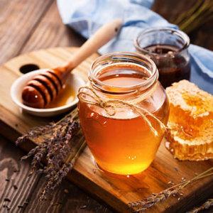 Маски медовые для волос: применение, рецепты приготовления