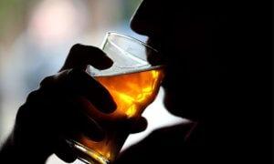 Частое употребление алкоголя