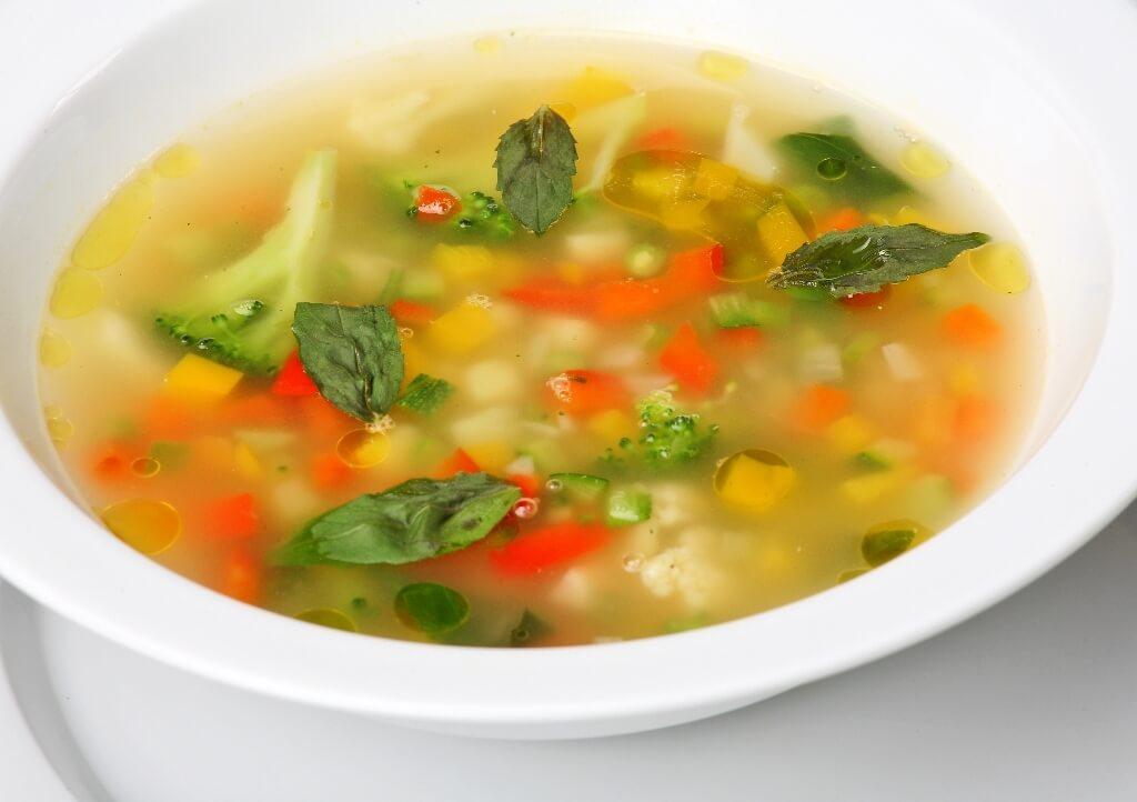 Овощной суп на обед