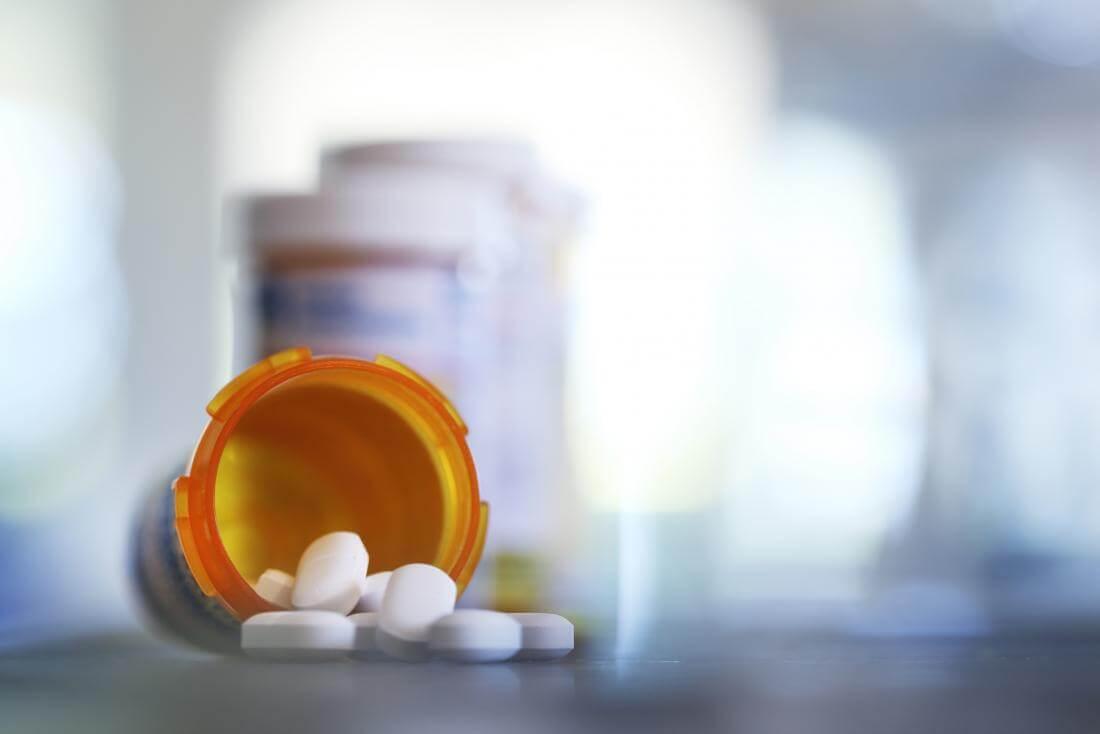Обязательно использование медицинских препаратов
