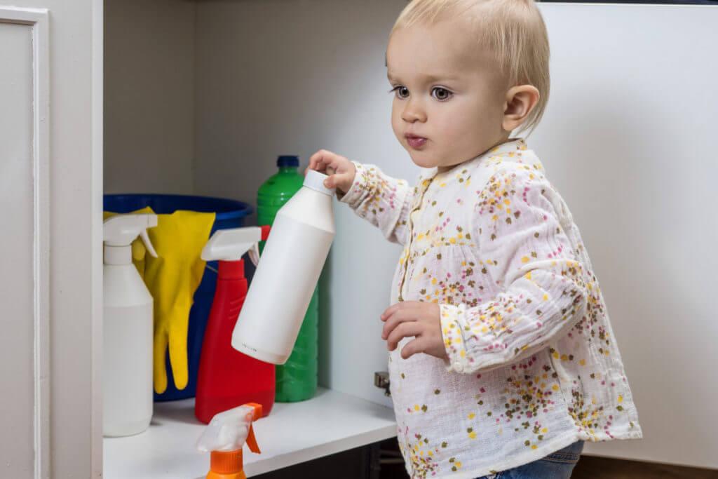 Химическое отравление ребенка