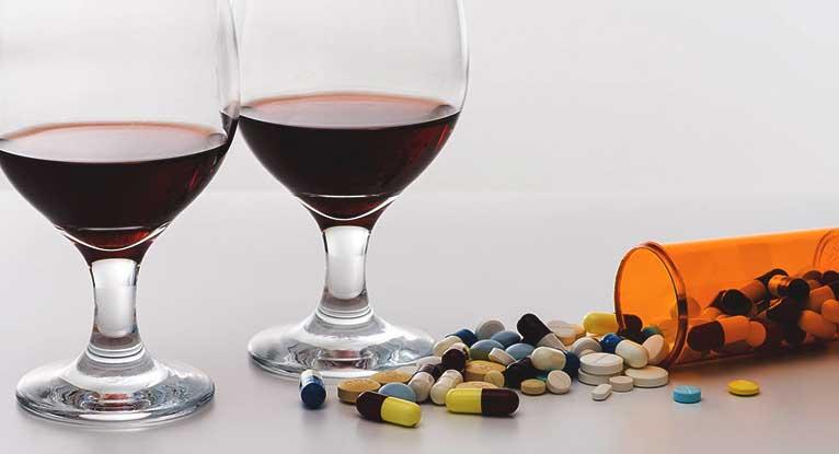 Алкоголь с лекарствами: последствия