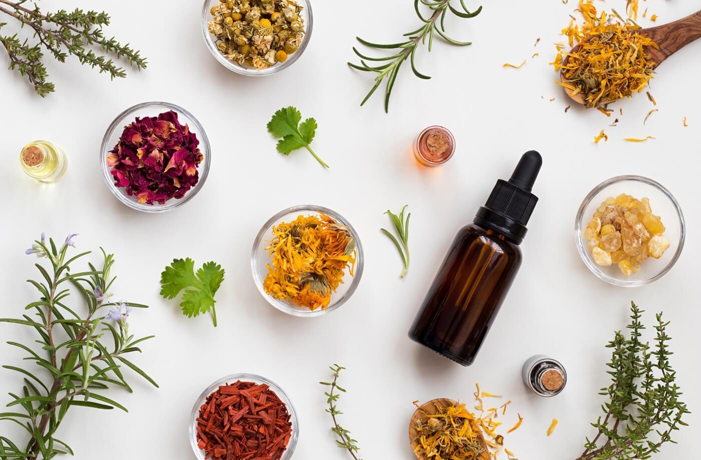 Лечение маслами и травами